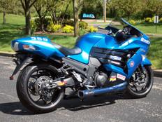 "Buy TiWinder Blue Full System w/ 18"" Muffler Race Baffle ZX-14/R (06-21) SKU: 390040 at the price of US$ 2499 | BrocksPerformance.com"