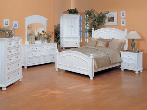 Cape Cod Eggshell White Bedroom Set
