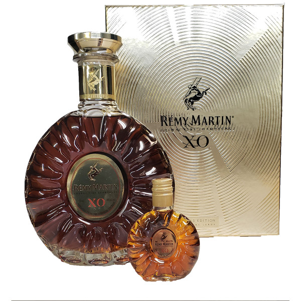 Remy Martin XO Excellence Cognac And Mini XO Gift Pack