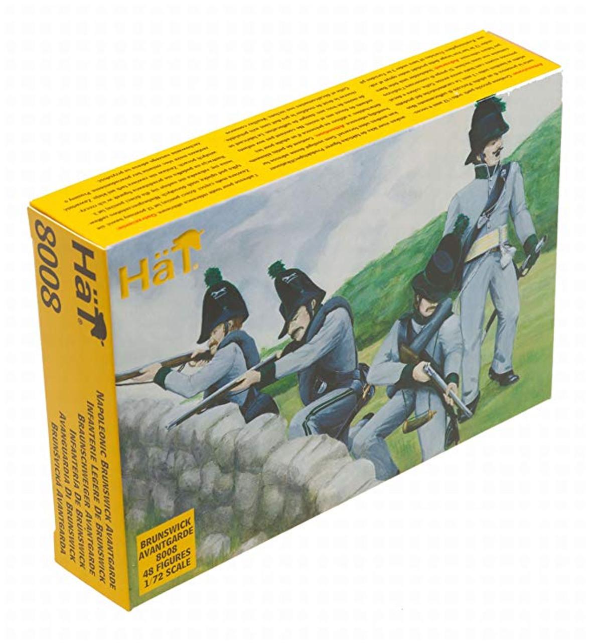 HaT 8008 Napoleonic Brunswick Avante Garde Figures 1:72 Scale