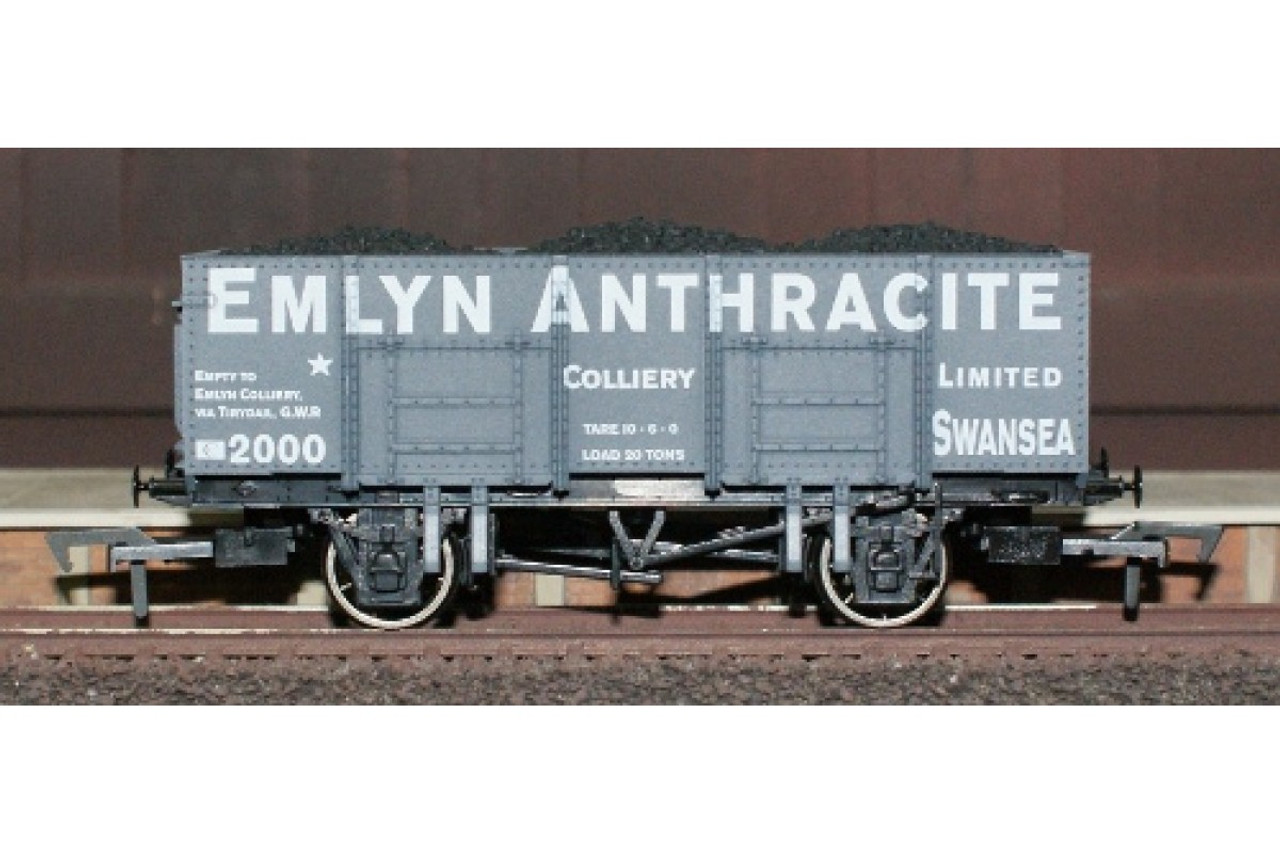 Dapol 4F-038-001 Emlyn Anthracite 20t Mineral OO Gauge Model Railway Accessories