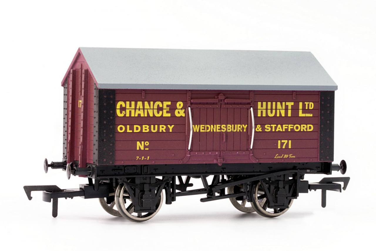 Dapol 4F-018-100 Chance And Hunt Salt Van OO Guage Model Railway Rolling Stock