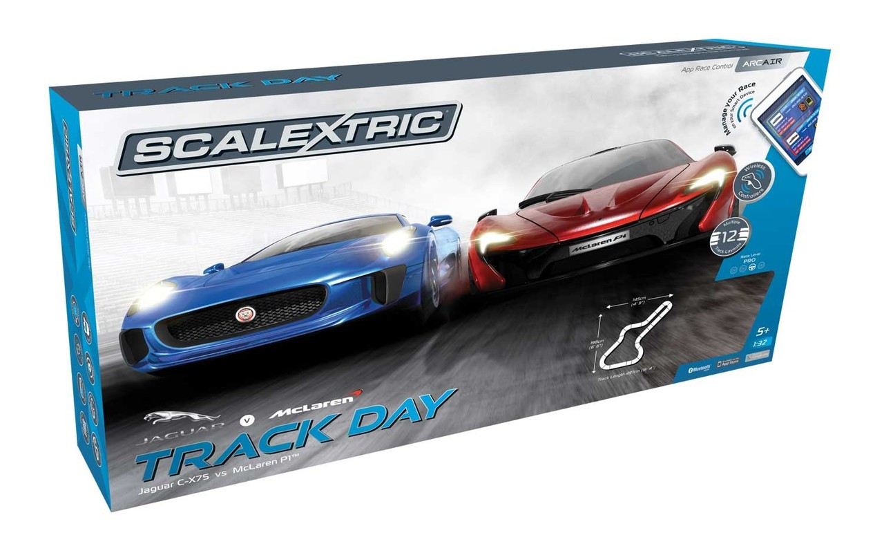 Scalextric C1358F Track Day Set 1:32 ARC Air Slot Car Race Ready Set
