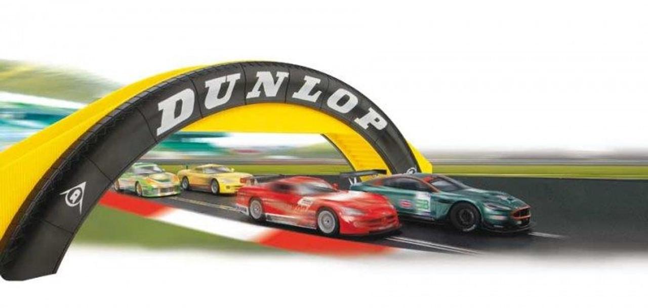 Scalextric C8332 Dunlop Footbridge Slot Car 1:32