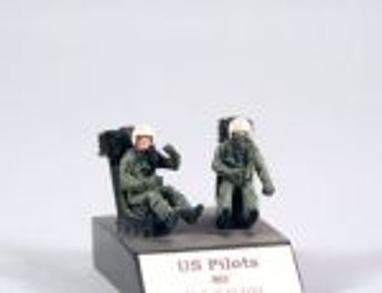 PJ Productions 2x USAF pilots seated in a/c for F-4, F-104,... Figures 1:72