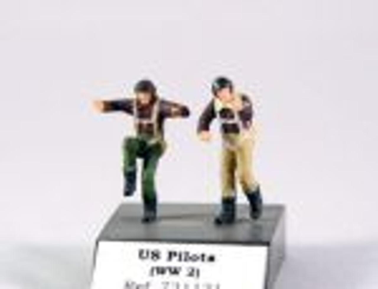 PJ Productions 2x USAF pilots standing WW2 Figures 1:72