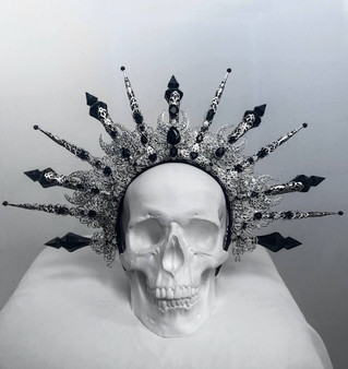 READY TO SHIP- Halo of Hekate - Gothic spiked crown -  Pagan wedding headdress