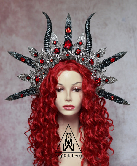 Pentagram gothic crown of filigree and red crystals