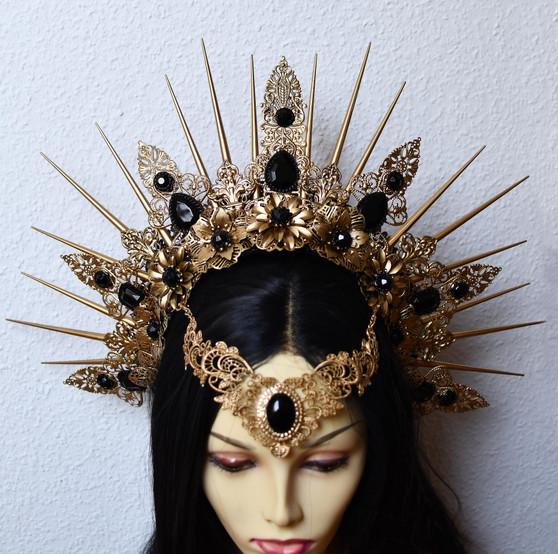 Golden spiked headpiece - Golden crystal crown - Fantasy gothic wedding headdress