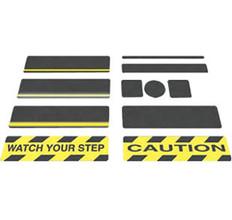 "Black Gator Grip Anti-Slip Squares 5-1/2"" x 5-1/2"" 50 squares/pk"