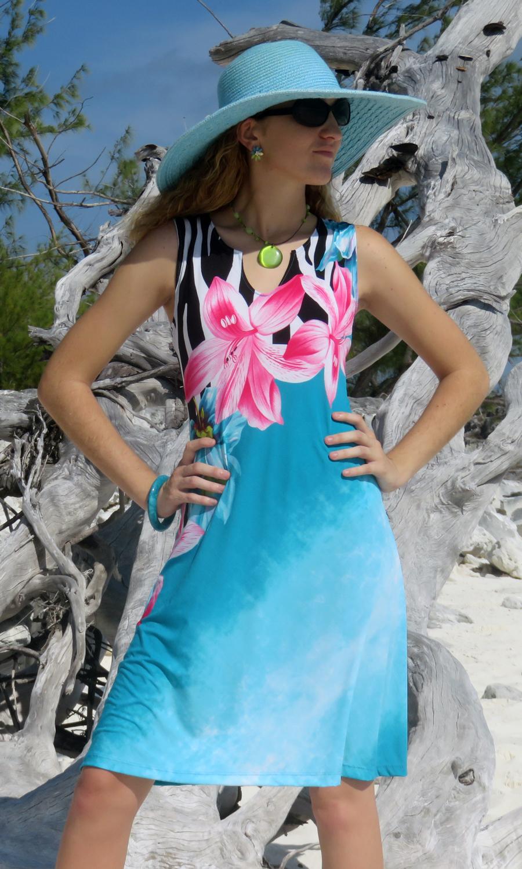 Happy Days Notch Dress