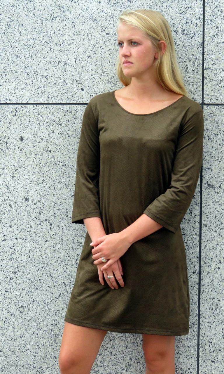 Embossed Sueded 3/4 Sleeve Dress