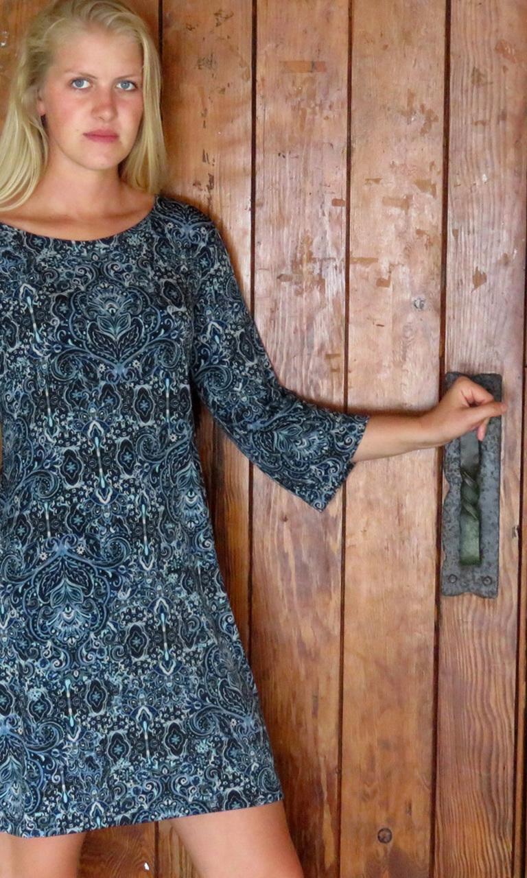 Tiara Azul 3/4 Sleeve Dress