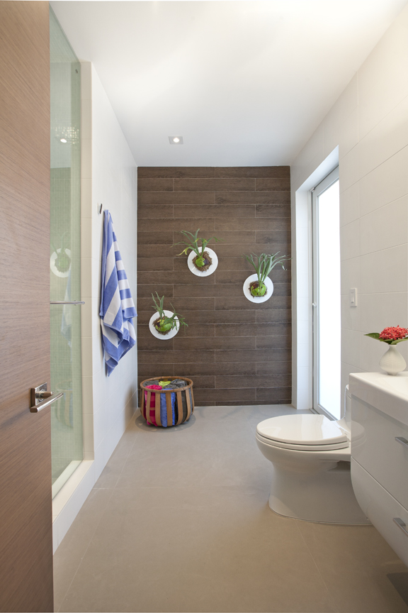 Indoor BathroomPhoto Credit: Dkor Interior