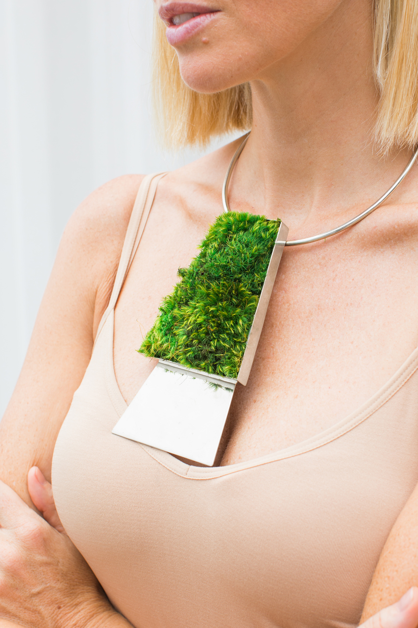 SILVER NECKLACE - MOSS TRAPEZOID DUO