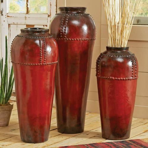 Pottery & Vases