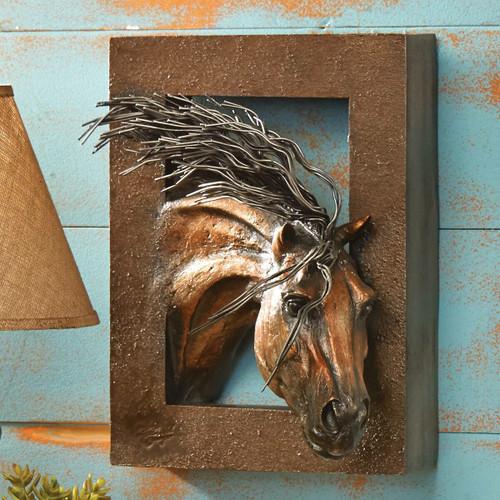 Wood & Sculpture Wall Hangings