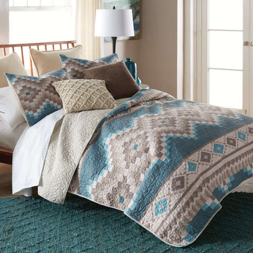 Turquoise Vista Quilt Bedding Collection