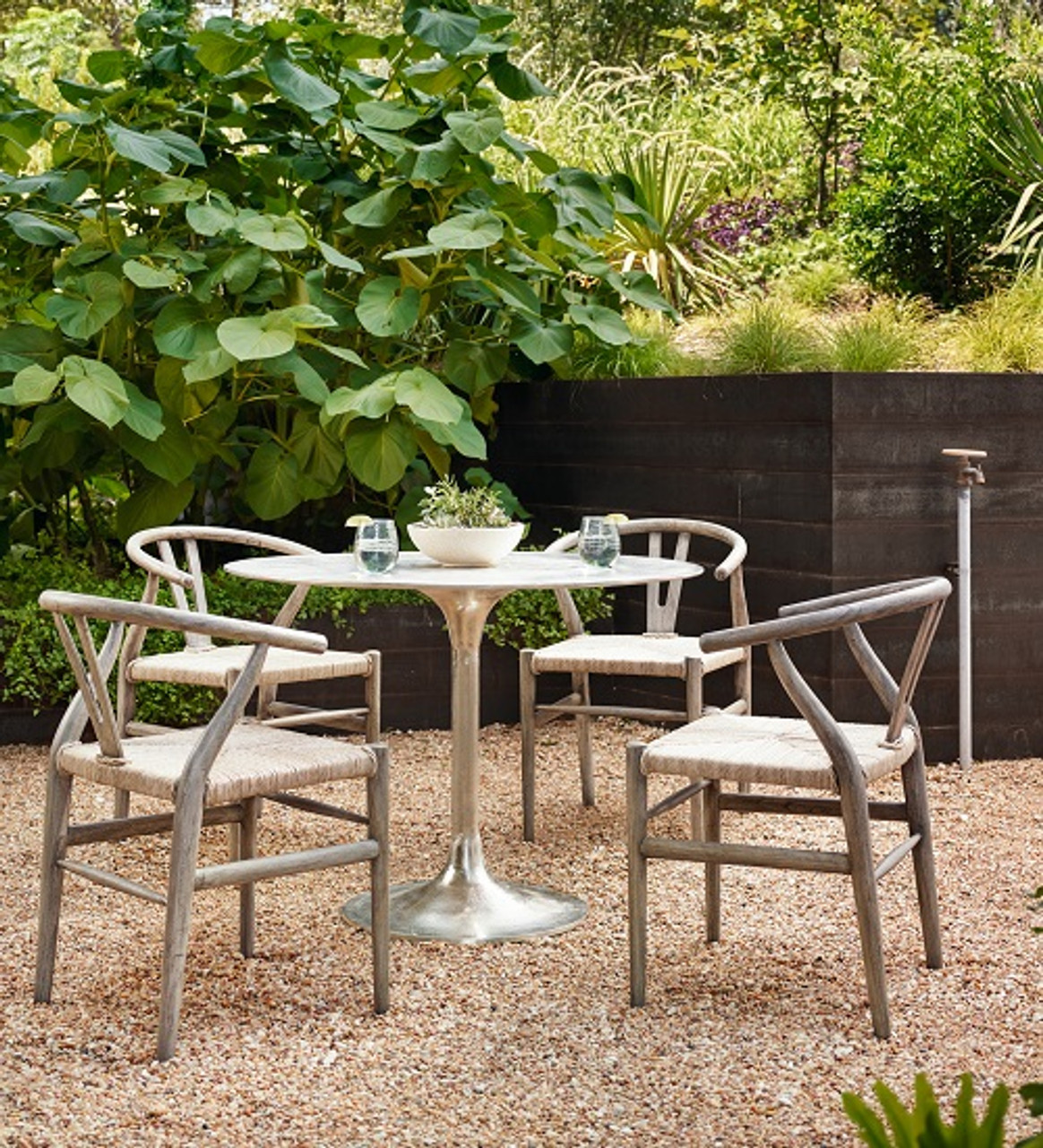 Small Space Patio Furniture: Cool Ideas to Try - Small Space Patio Furniture: Cool Ideas To Try - Zin Home