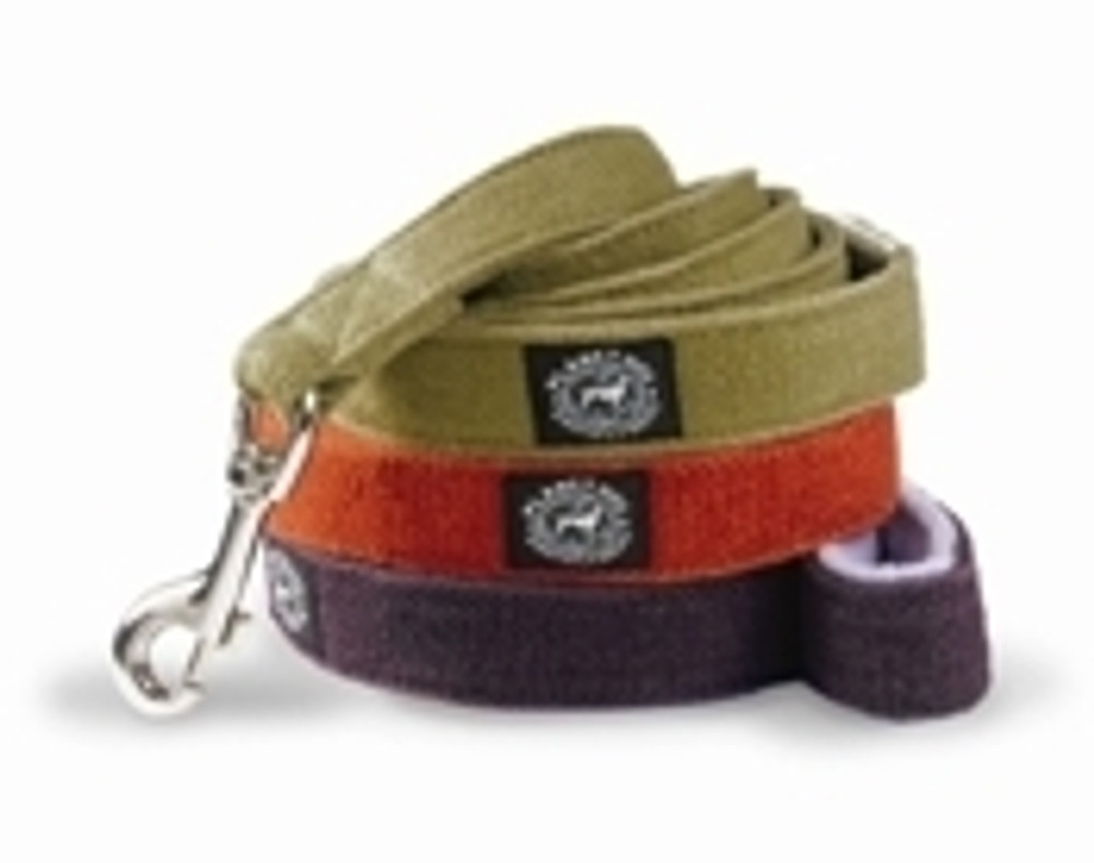 Cozy Hemp Leash with fleece-lined handle
