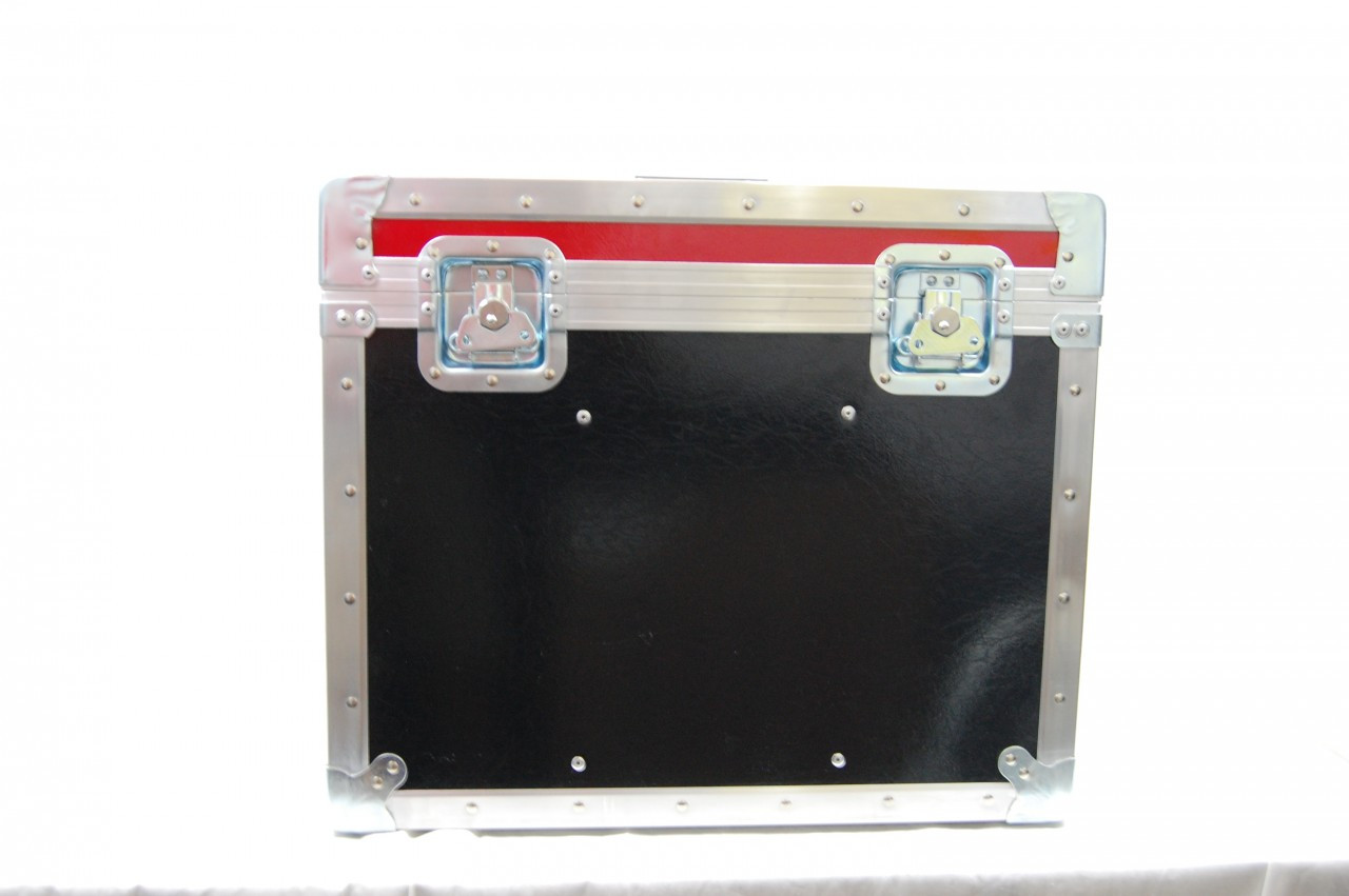 "TV Logic 17"" Custom Shipping Case - Front"
