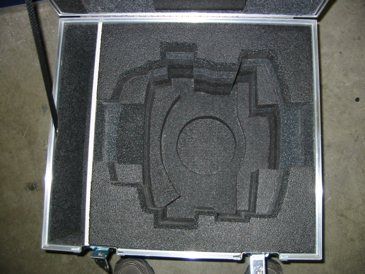 Vinten Vector 700 Head or Vinten Vector 75 Fluid Shipping Case