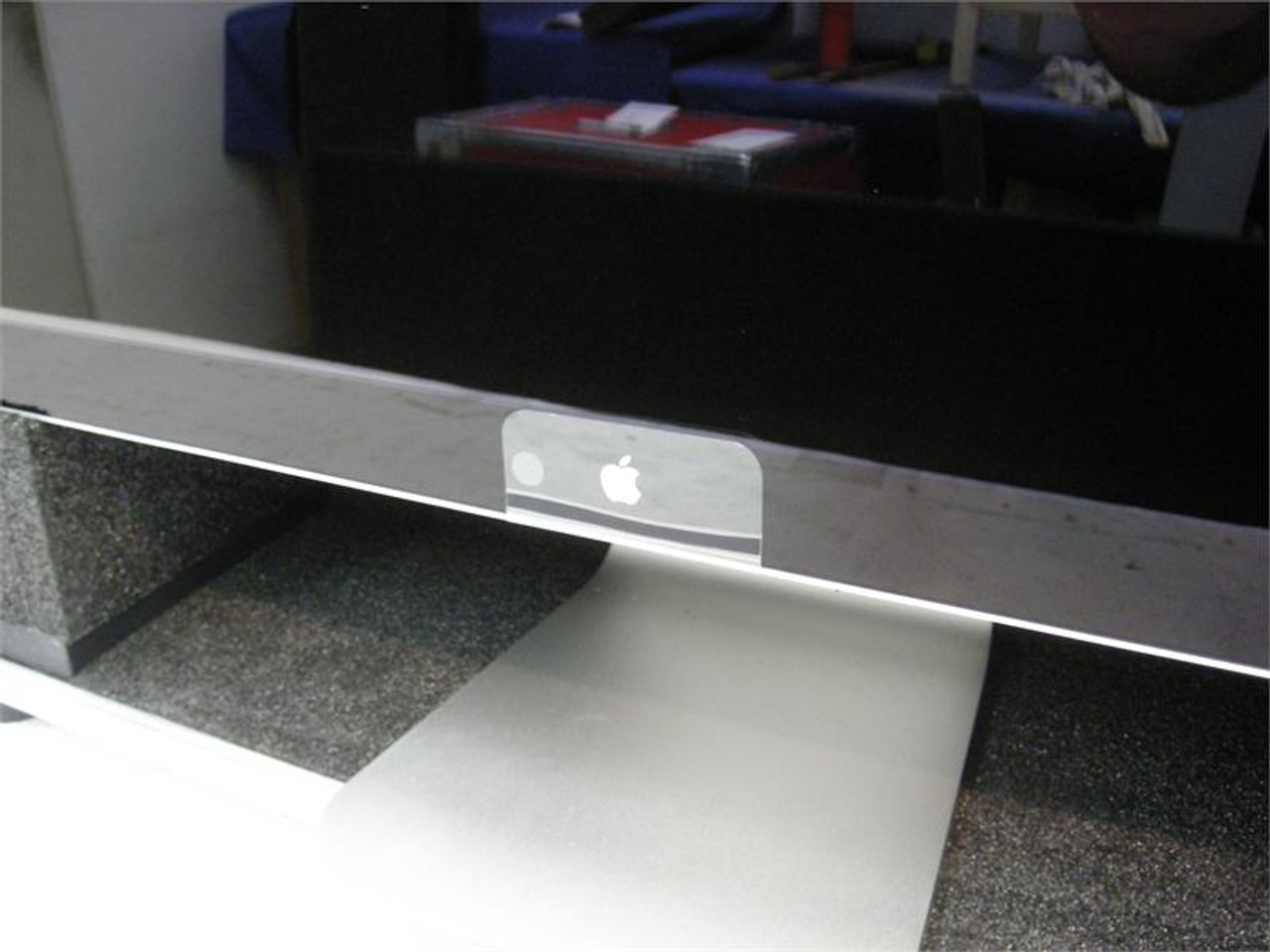 "Apple Cinema HD Display 24"" Desktop Use Custom ATA Shipping Case - Interior View Base"