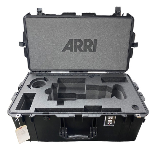 ARRI SIGNATURE ZOOM 65-300mm Extender, Dovetail, Rods and AKS