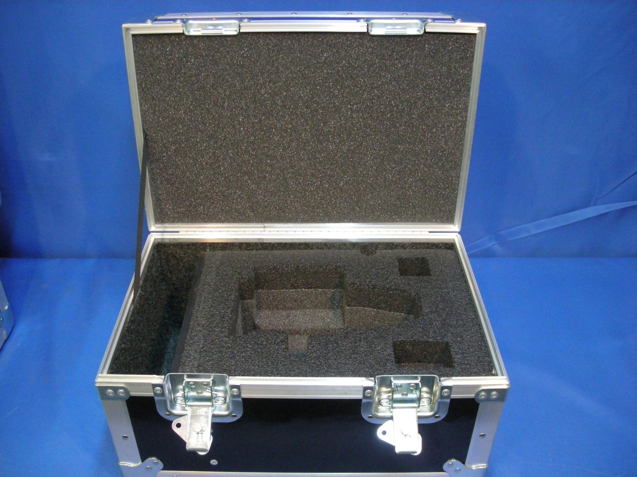 Angenieux Optimo 15-40mm Lens Custom ATA Shipping Case - Interior View Lid