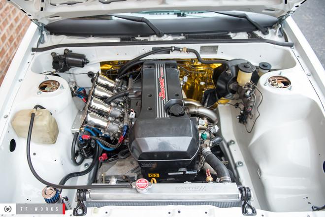 Koyo Hyper-V Core Radiator Toyota Corolla AE86 with 3SGE BEAMS Engine Swap