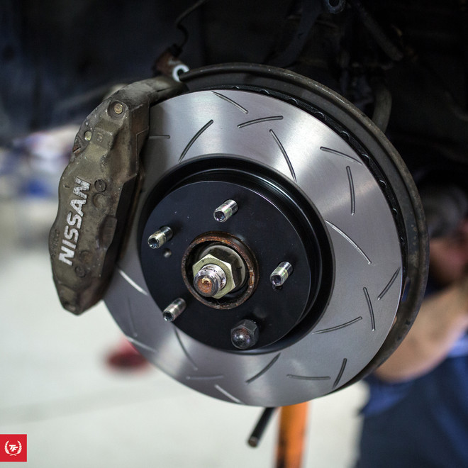 TF BNR32 Nissan Skyline R32 GTR Brake Package:  DBA / Ferodo