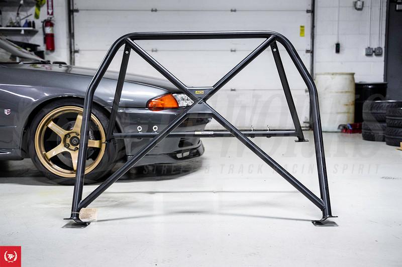 AGI 4-Point Roll Cage Install on a Nissan Skyline R32 GTR