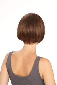 Louis Ferre Avec New York Fashion Wig back