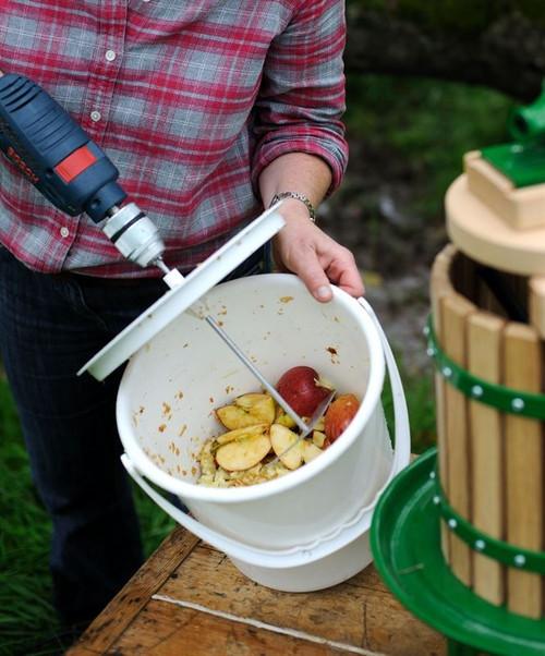 Pulpmaster with Bucket - Cider Press Apple Fruit and Veg Chopper Shredder Pulper