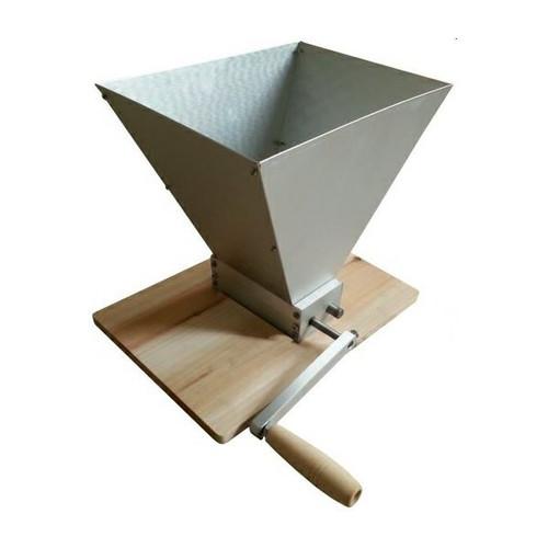 Bulldog Brews Malt Mill 7L for crushing malt for all-grain home brewing