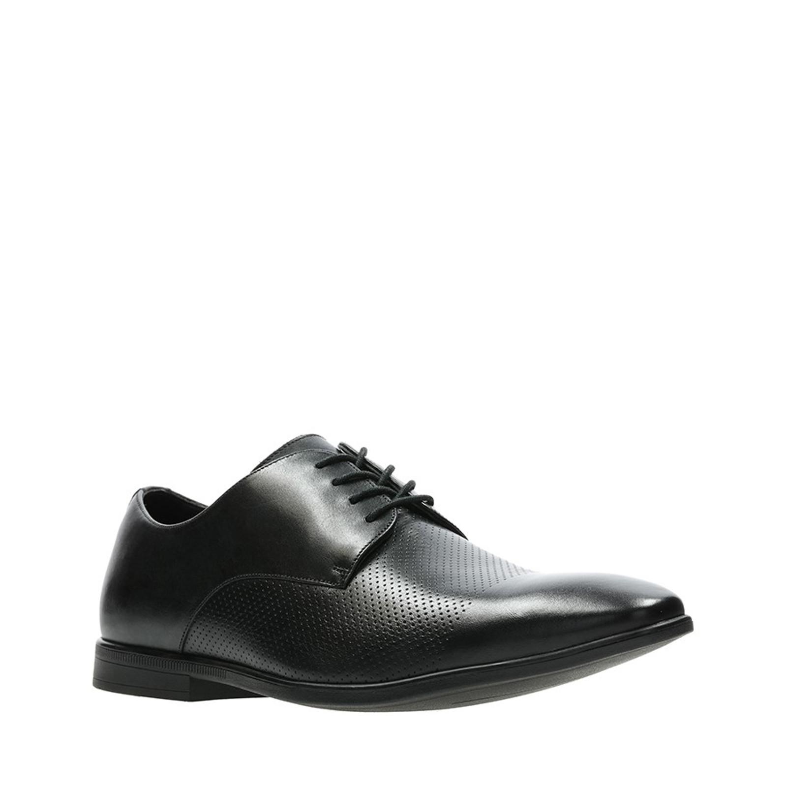 Bampton Cap Black Leather By Clarks
