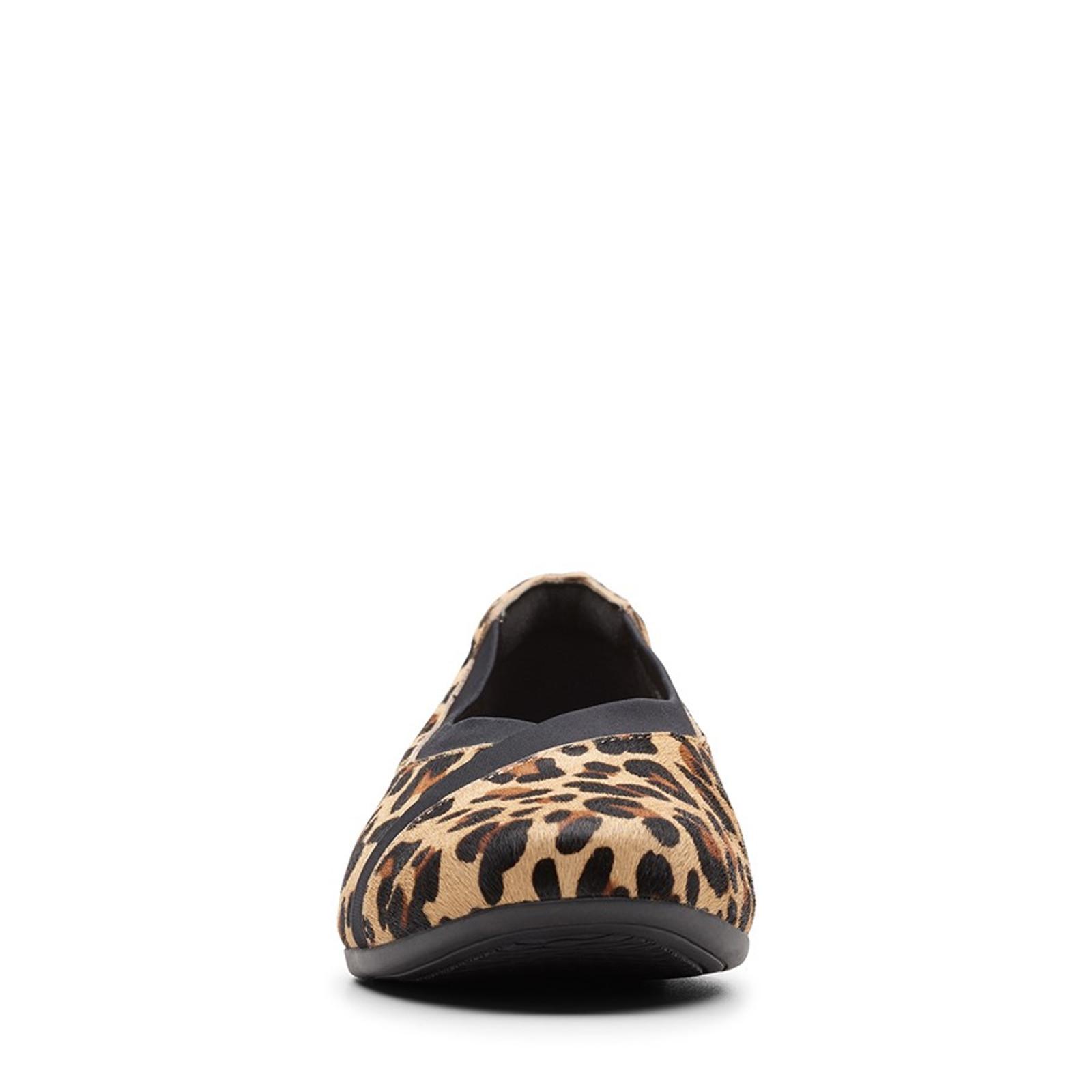 Clarks Womens UN DARCEY EASE Leopard Print