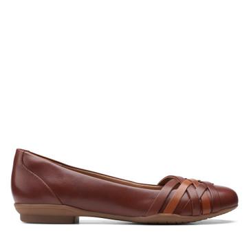 Clarks Sara Clover Mahogany Leather
