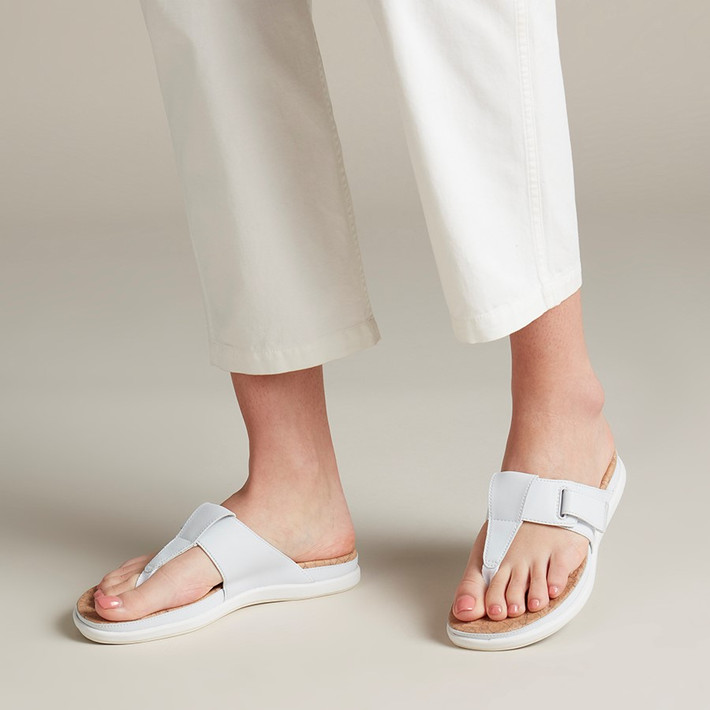 Clarks Womens Step June Reef White Synthetic