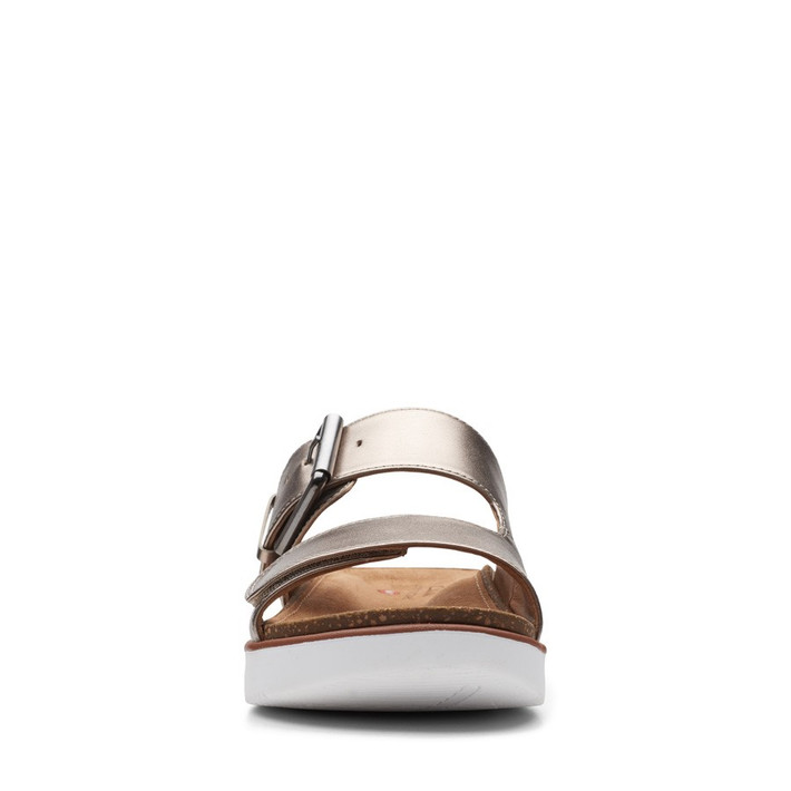 Clarks Womens Elayne Ease Gold Metallic Leather