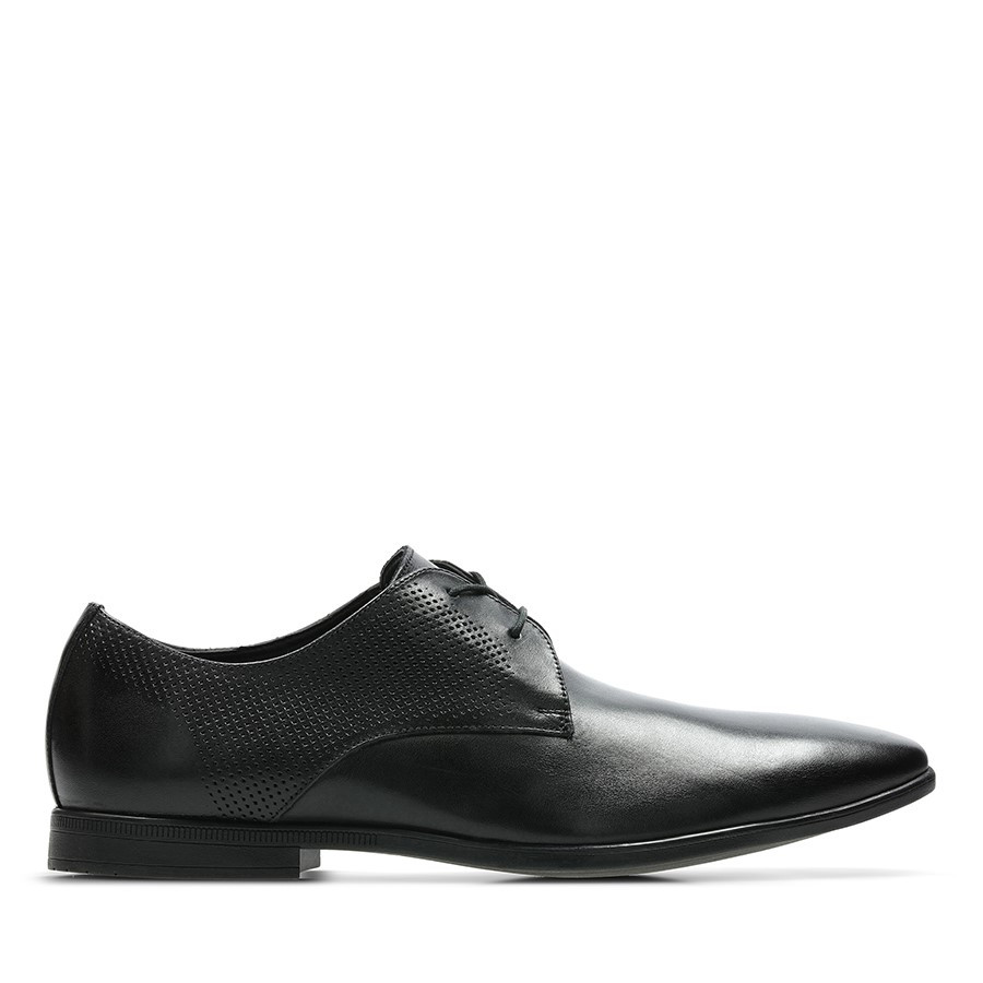 Clarks Bampton Walk Black Leather