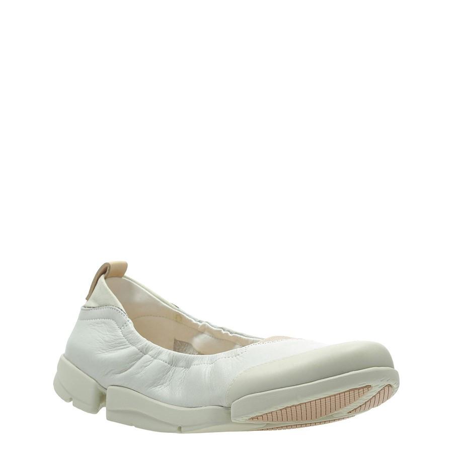 Clarks Tri Adapt. White Leather