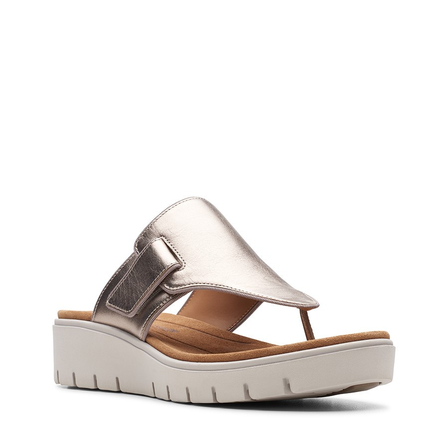 Clarks Un Karely Sea Gold Leather