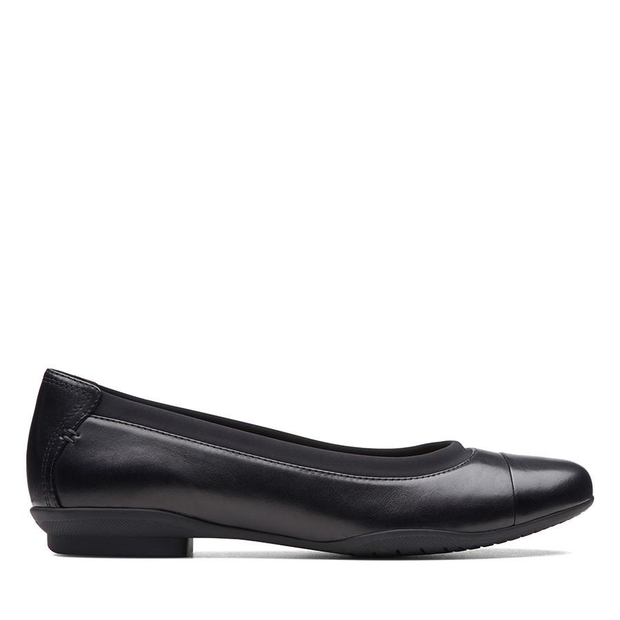 Clarks Neenah Garden Black Leather