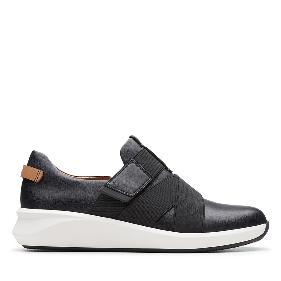 Clarks Un Rio Strap Black Leather