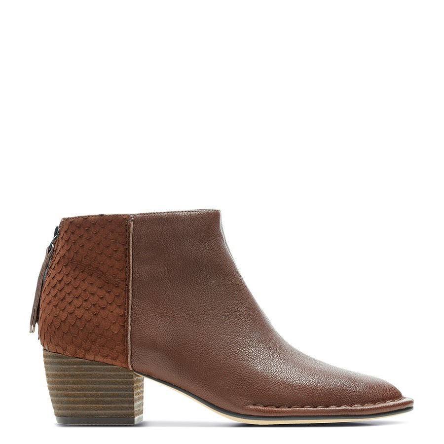Clarks Spiced Ruby Tan Combo Leather
