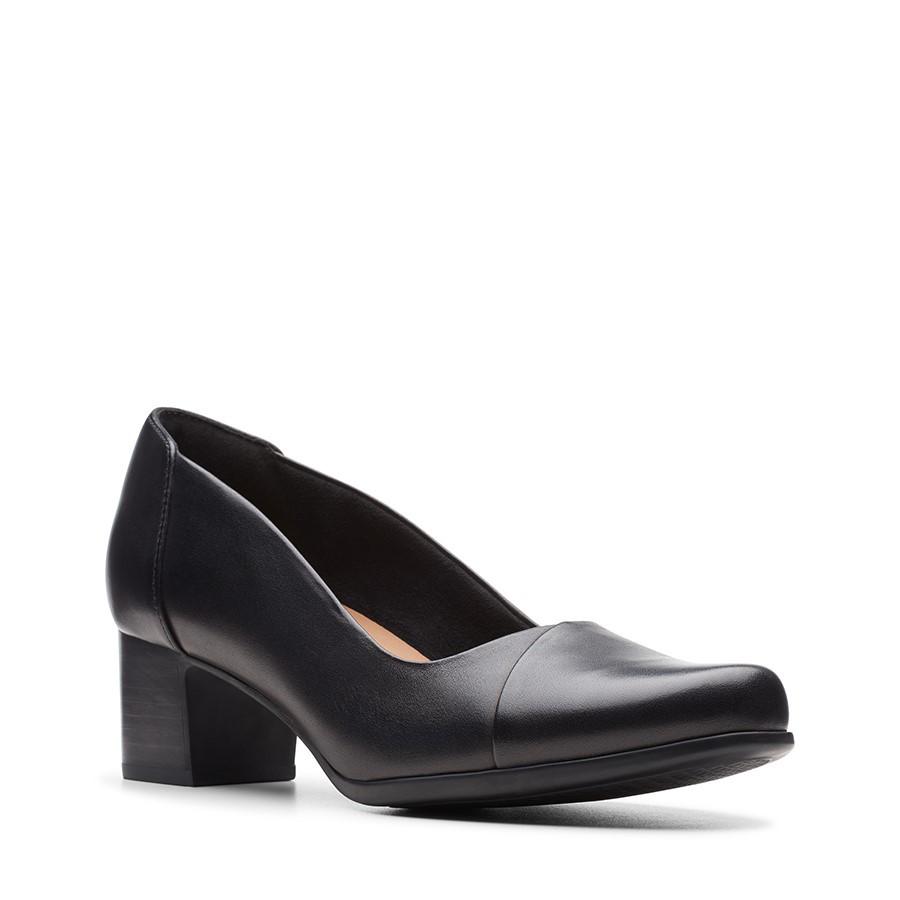Clarks Un Damson Step Black Leather