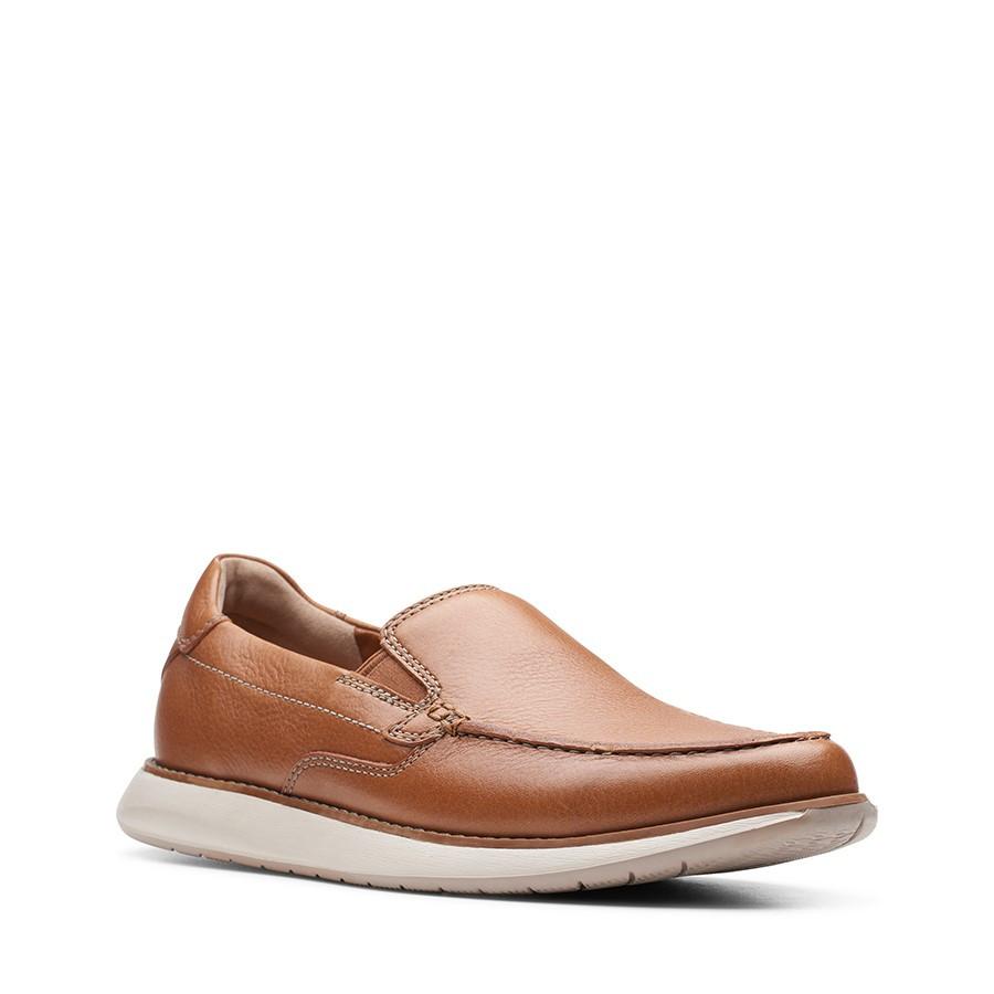 Clarks Un Pilot Step Tan Leather