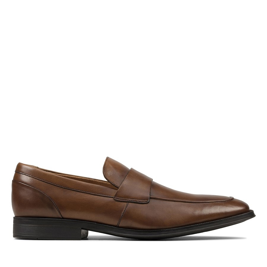 Clarks Gilman Free Tan Leather