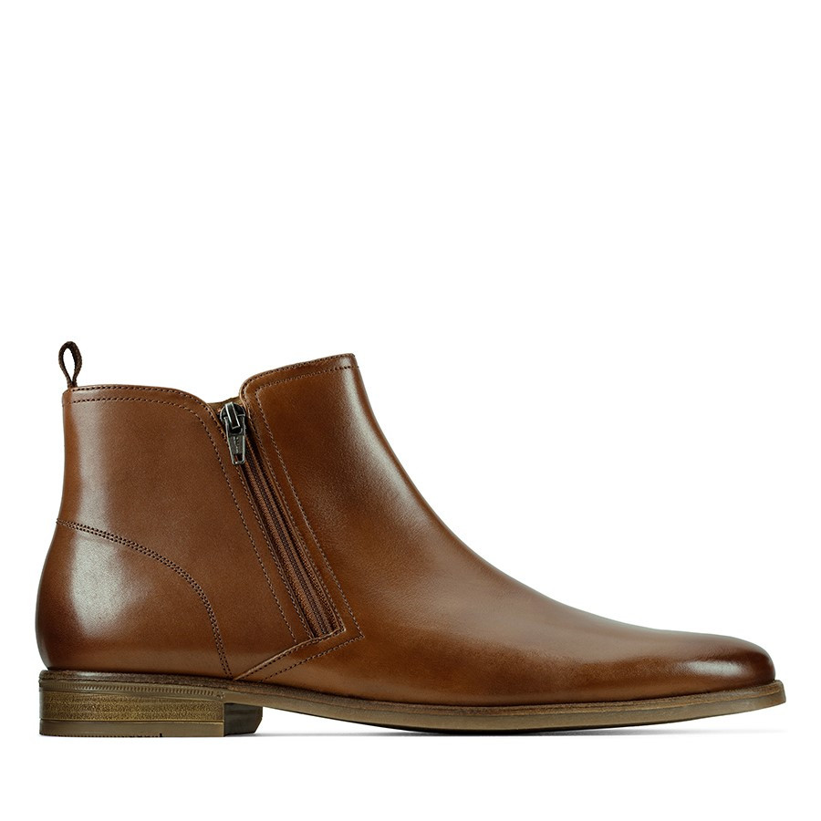 Clarks Stanford Zip Tan Leather